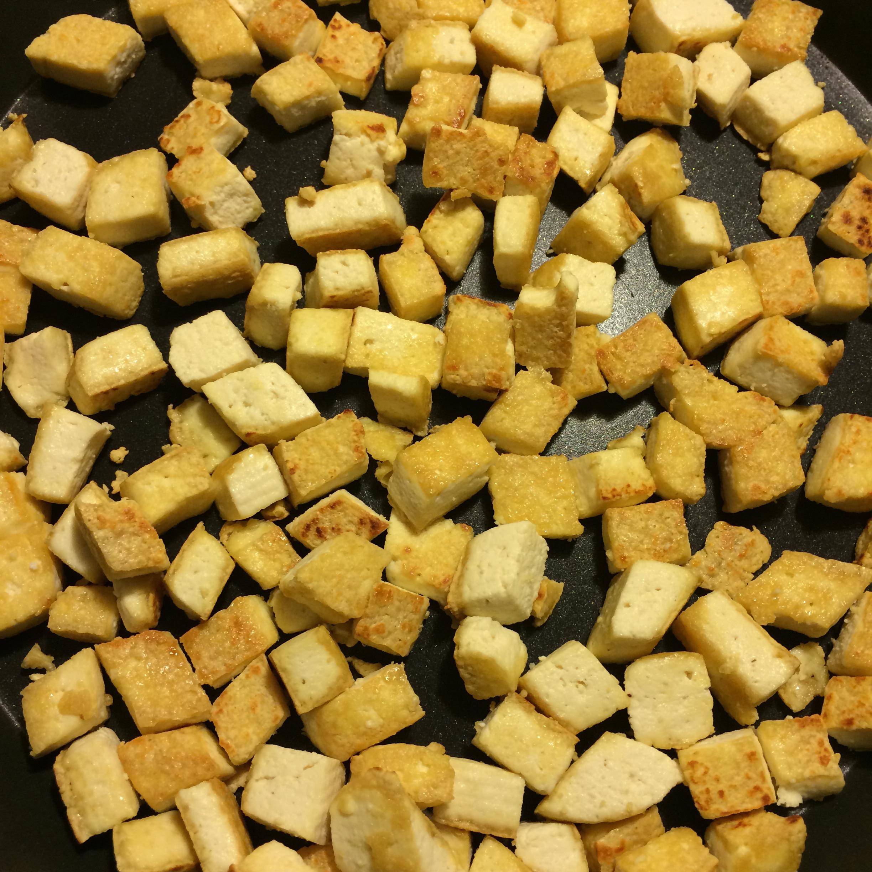 Tofu and Edamame Hummus Wraps | blonde.vision